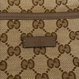 Gucci Logo Bag NeverUsed Comes With Certificates